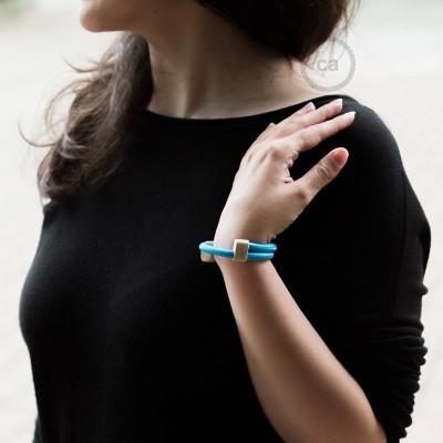 Creative-Bracelet en tissu Effet Soie Turquoise RM11. Fermeture coulissante en bois. Made in Italy.