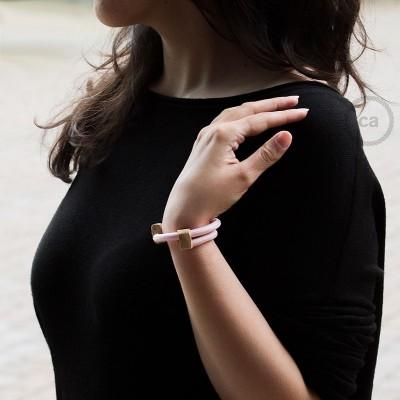 Creative-Bracelet en tissu Effet Soie Rose Baby RM16. Fermeture coulissante en bois. Made in Italy.