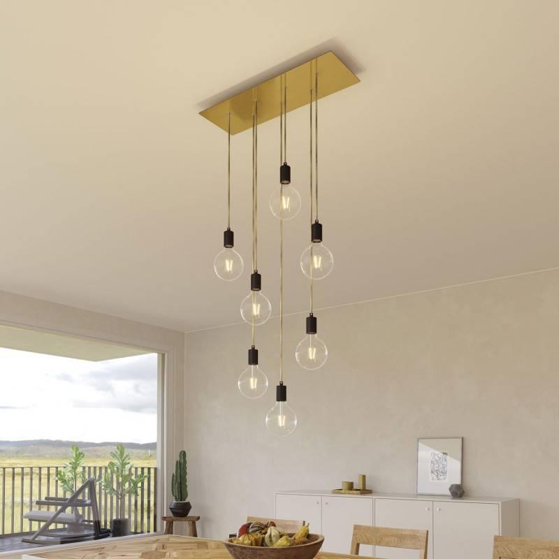 7 lichts-hanglamp voorzien van XXL rechthoekige Rose-One 675 mm compleet met strijkijzersnoer en metalen afwerking