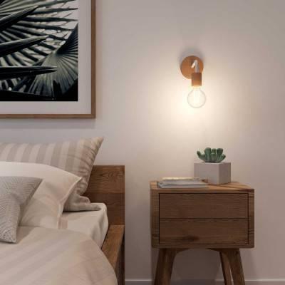 Fermaluce Wood, houten wandlamp met gebogen arm