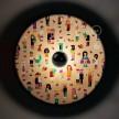 Fermaluce OVNI Cool Pop avec abat-jour en bois double face illustré par divers artistes