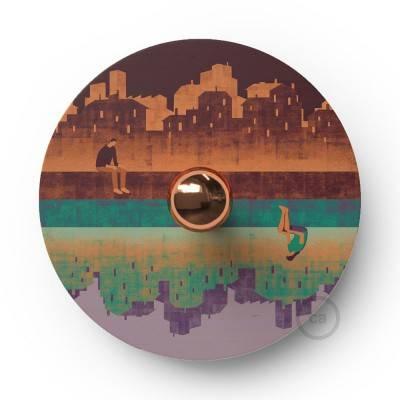 Fermaluce OVNI Romantic avec abat-jour en bois double face illustré par divers artistes