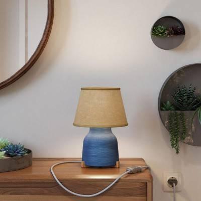 Keramische Vaas-tafellamp met Impero-kap, compleet met strijkijzersnoer, schakelaar en tweepolige stekker