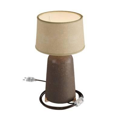 Keramische Fles-tafellamp met Athena-kap, met strijkijzersnoer, schakelaar en tweepolige stekker