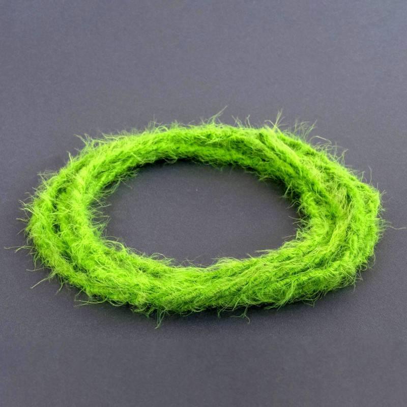 Burlesque gedraaide elektriciteitskabel bekleed met stof, pluizend harig effect, effen kleur groen TP06