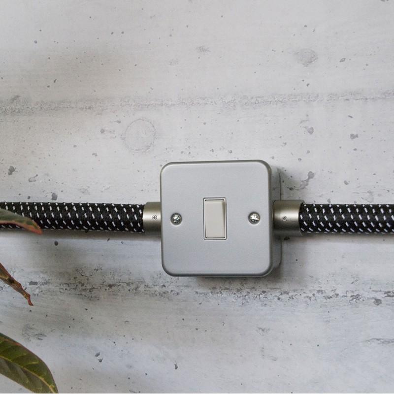 Boîte murale en métal avec interrupteur unique pour Creative-Tube